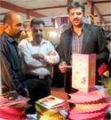 بازدید مسئولین از غرفه محصولات فرهنگی حجاب ریحانه النبی