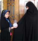 اهداء جوایز مسابقات ماهانه خوش حجابی و نسیم عفاف