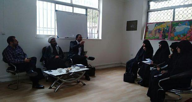جلسه هماهنگی اجرای طرح مدارس درشعبه مشهد98