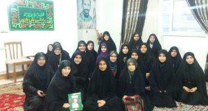 دیدار جمعی از دختران محجبه با خانواده ی شهید قلی پور